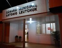 O projeto de decreto legislativo que aprova o Parecer Prévio do Tribunal de Contas do Estado, favorável às Contas do Ex-Prefeito Municipal Cleri Camilotti, do ano de 2010 será votado.