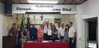 PROJETO DE LEI LEGISLATIVA QUE INSTITUI O DIA DA FIBROMIALGIA EM TRÊS PASSOS É APROVADO NA CÂMARA